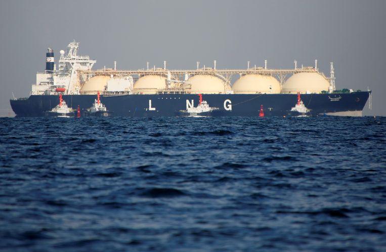 Een tanker met vloeibaar gas bij Japan. Een groot deel van het jaar konden gashandelaren meer verdienen in Azië dan Europa. Daarom stuurden ze hun tankers naar het Oosten. Beeld REUTERS