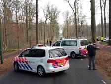Vrouw (73) overleden bij ongeval in Ulvenhout: auto doorgereden