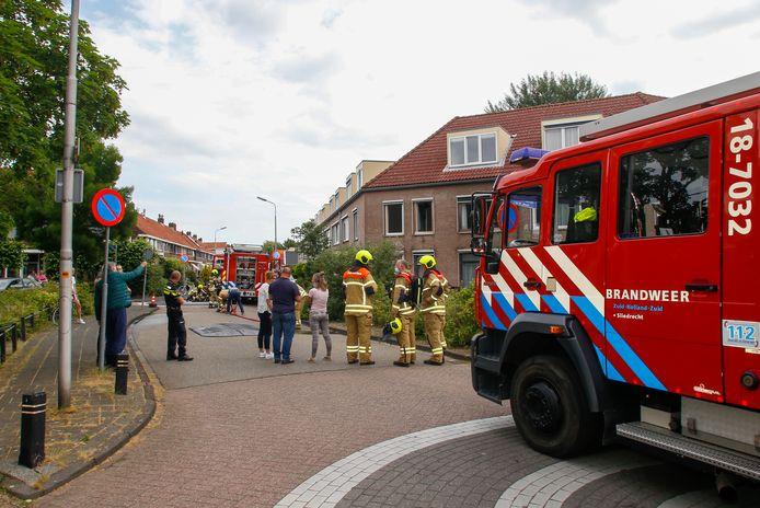Aan de A.W. de Landgraafstraat in Sliedrecht stond een container in brand.
