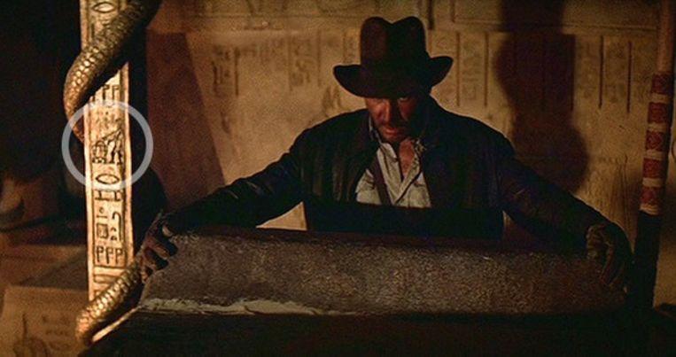 Still uit 'Raiders of the Lost Ark', met een subtiele hint naar R2-D2 en C-3PO. Beeld RV