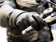 Man (52) uit Liempde slaat groot wapenarsenaal in 'uit angst voor motorbende': 15 maanden cel