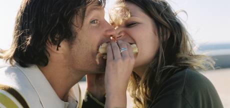 Jij wilt afvallen, maar je partner eet de hele tijd chips? Diëtiste geeft haar negen beste tips