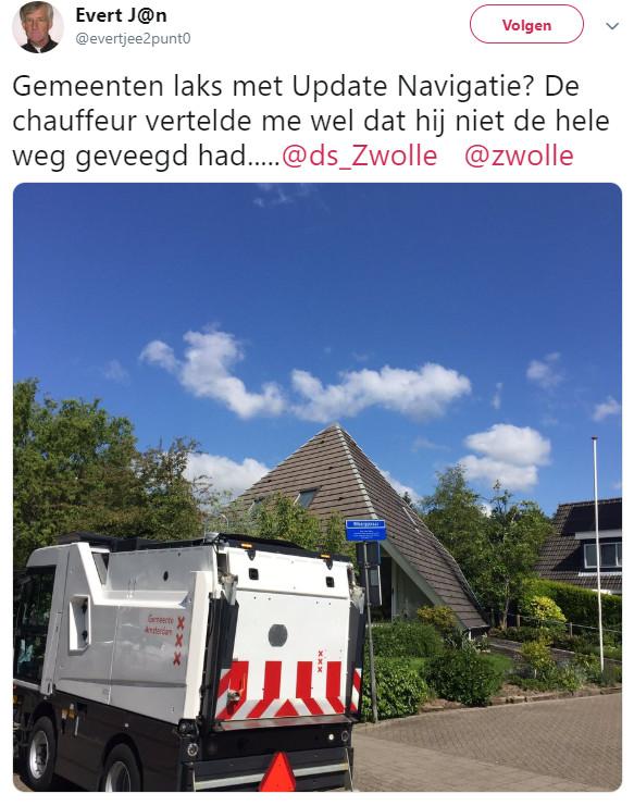 Twitteraar Evert J@n fotografeerde het wagentje bij de Wibergstraat in Zwolle.