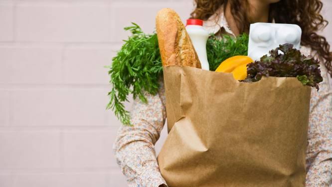 Met deze trucjes bespaar je makkelijk tientallen euro's in de supermarkt