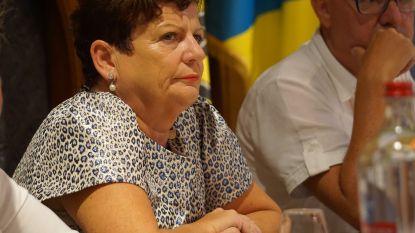 """Ex-burgemeester Janna Rommel-Opstaele (Open Vld) na aantijgingen over leeggeroofd kantoor: """"Alles staat op computer en ligt bij de ambtenaren. Beschuldigingen Dedecker zijn burgemeester onwaardig"""""""