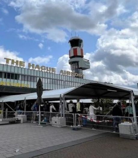 Rotterdam Airport ziet passagierscijfers in maand verdrievoudigen en plaatst tenten