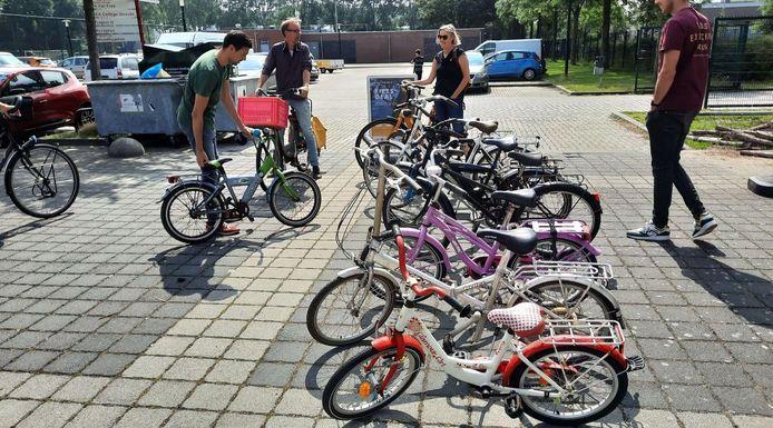 Een inzamelactie voor ongebruikte fietsen leverde zaterdag heel wat fietsen op.