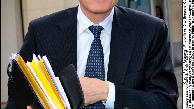 Bourgeois fluit gouverneur terug na UF-klacht Dilbeek