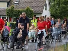 WHC'ers geven bewoners woonzorgcentra dagje uit in Wezep