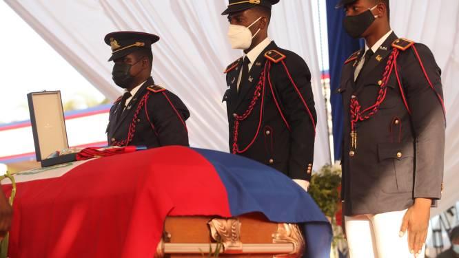 Emoties lopen hoog op bij begrafenis vermoorde president Haïti: traangas en schoten