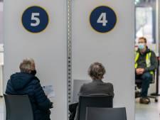 Nieuwsoverzicht | Deel Brabantse ouderen moet wachten op vaccin - Blunder bij versturen stempassen