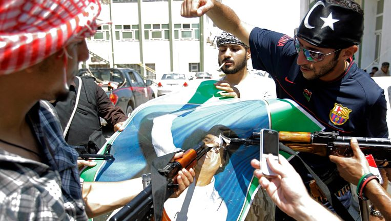 Rebellen in Tripoli. Beeld ap