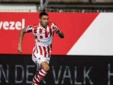 Heracles Almelo legt linksback (21) TOP Oss vast: 'Jaar hard werken beloond'
