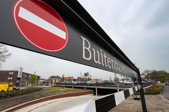 Parkeergarage Buitenhaven in Kampen is inmiddels in gebruik. De bouw ging niet vlekkeloos.