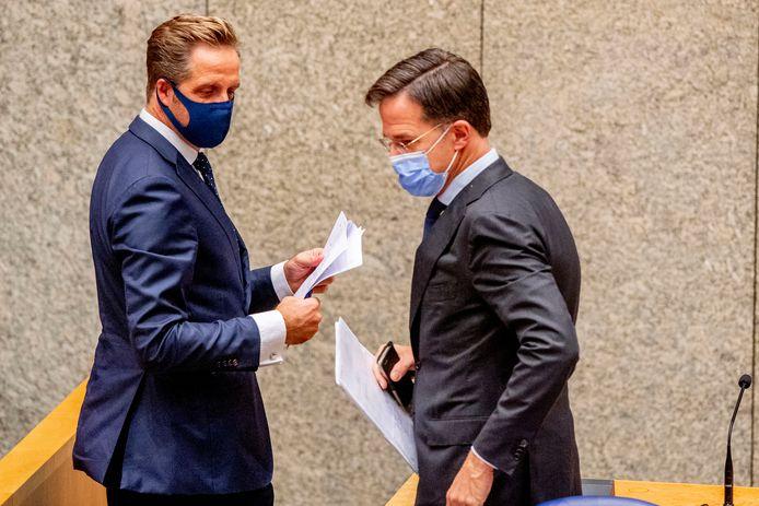 Le ministre néerlandais de la Santé Hugo de Jonge  et le Premier ministre Mark Rutte