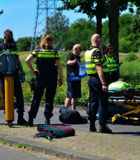 Fietser raakt gewond bij aanrijding met auto tijdens oversteken in Helmond