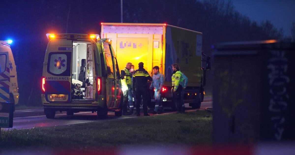 Meisje komt om het leven bij aanrijding met vrachtwagen op N348 in Deventer.
