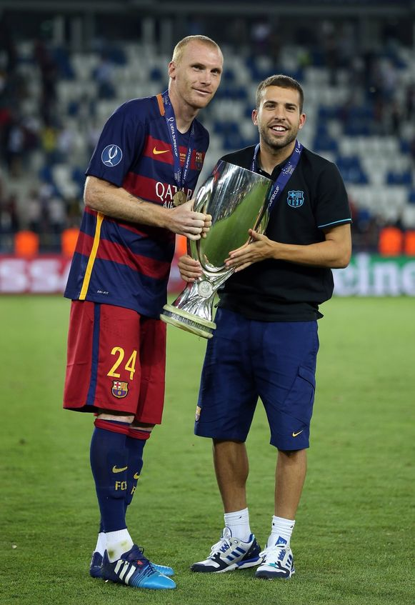 Jordi Alba (rechts).