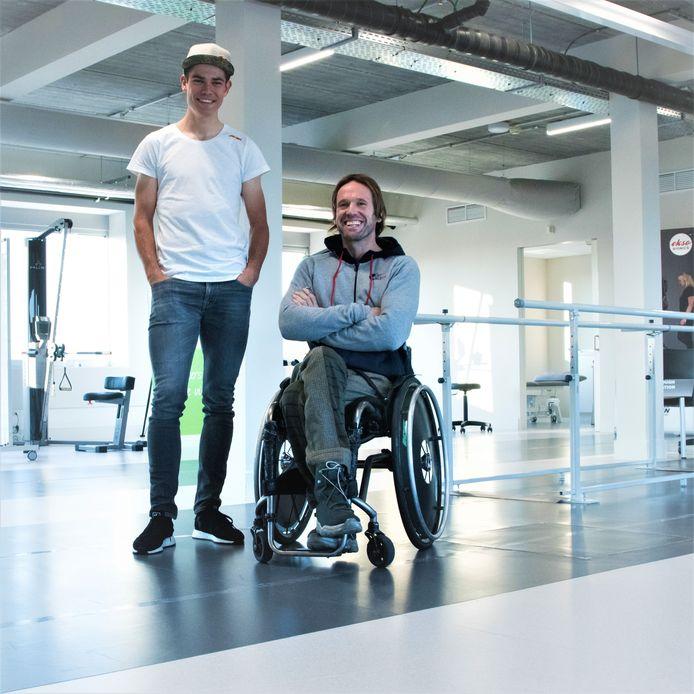 Wout van Aert hier met Marc Herremans doet mee aan de Wings for Life World Run.