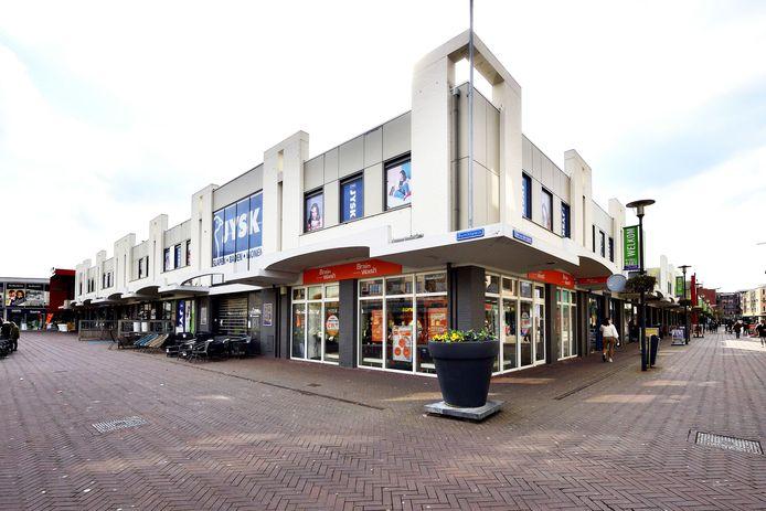 Op 1 april verkocht Wereldhave het winkelcentrum in Etten-Leur aan Unifore Real Estate en een groep Haagse vastgoedinvesteerders. De nieuwe eigenaar kondigde direct aan dat hij er grootse plannen mee heeft.