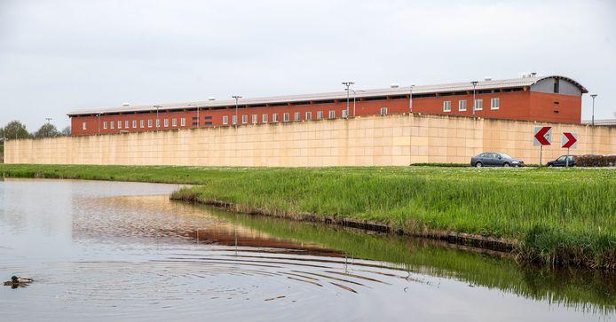 Vrouwelijke terroristen en terreurverdachten worden sinds augustus van dit jaar ook ondergebracht in de Penitentiaire Inrichting Zwolle.