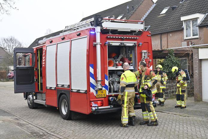 De brandweer heeft het vuur in de container, schutting en schuur snel kunnen blussen in Wijchen.