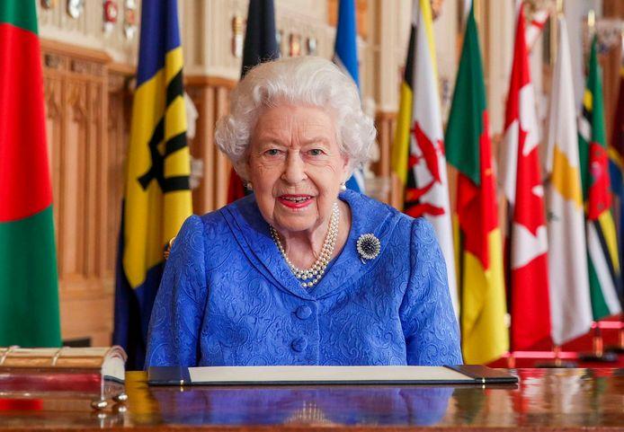 La reine Elizabeth II souhaiterait plus de temps pour répondre à l'interview de son petit-fils et de son épouse Meghan Markle, qui fait trembler le Royaume-Uni.