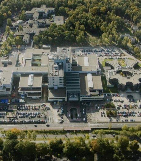 Parkeren bij Gelre ziekenhuizen in Apeldoorn gaat flink op de schop; scheurtjes in constructie P2