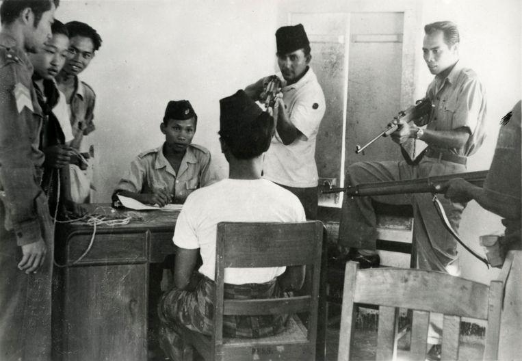 De angstige periode na de overgave van Japan, die voortduurde tot na de officiële overdracht van het land aan de Indonesiërs op 27 december 1949, werd door de Indische Nederlander de 'bersiap' genoemd. Beeld Spaarnestad Photo / HH