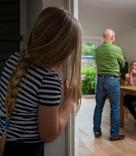 Slepende echtscheiding escaleerde volledig: 'Als mama ketting niet teruggeeft, krijgt ze een kogel'