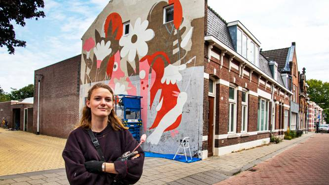 Wéér een muurschildering: illustrator Ilse Weisfelt wekt 'Witte Bioscoop' tot leven