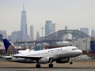 United Airlines zet ongevaccineerde werknemers op onbetaald verlof