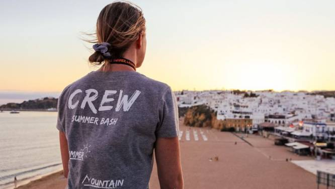 L'organisateur de voyages pour jeunes Summer Bash rapatrie tous ses clients d'Espagne: 15 cas détectés