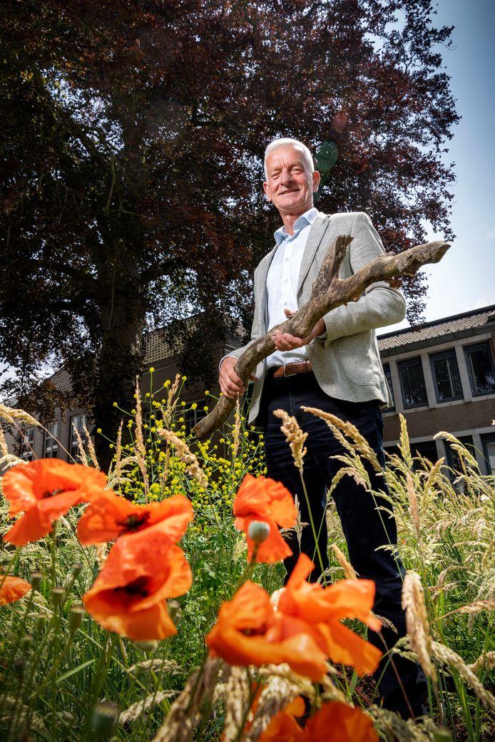 Jan Taks (71) uit Sint-Michielsgestel denkt nog dag in dag uit mee over oplossingen om de land- en tuinbouw - en de wereld op zich - te verduurzamen.
