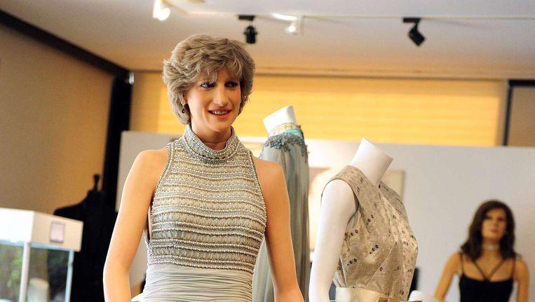 Een wassen en levensgroot model van prinses Diana met een jurk van Catherine Walker tijdens een eerdere jurkenveiling in 2012 in Beverly Hills. Beeld afp