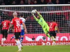 LIVE | PSV jaagt gehaast op gelijkmaker tegen hekkensluiter PEC Zwolle, Schmidt grijpt in