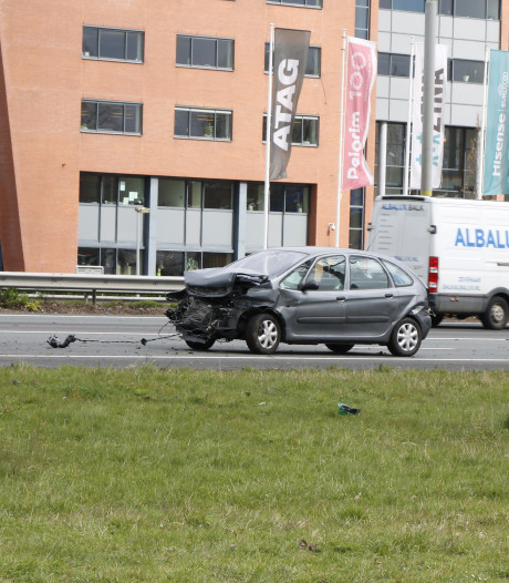 Verkeer weer op gang na eenzijdig ongeluk op A12 bij Duiven