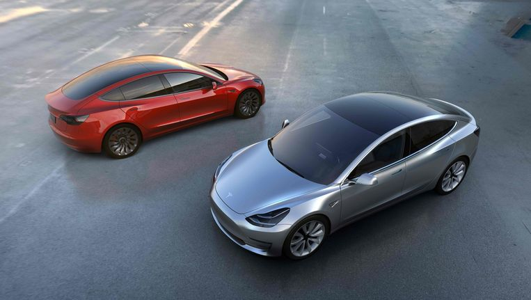Twee Tesla's Beeld afp