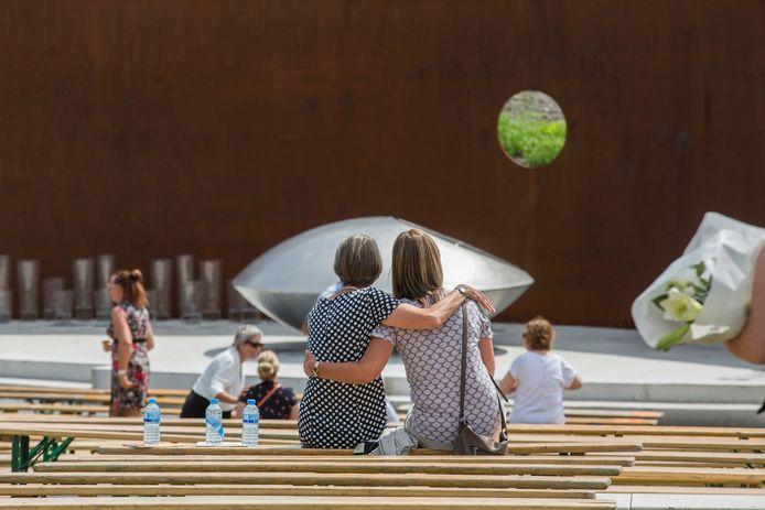 Het Nationaal Monument voor de slachtoffers van de ramp met de MH17