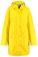 Ciré jaune America Today - 69,99 euros - Disponible en boutique ou en ligne.
