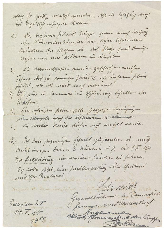 Het originele capitulatiedocument van Rotterdam, óók ondertekend door kolonel Scharroo. Uit het boek Rotterdam Frontstad van Gerard Groeneveld.