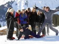 Koning 'photobombt' traditioneel familiekiekje in stralend Lech