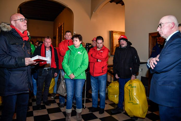 """Vakbondsman Dirk Van Himste gaf een lijvig dossier af aan burgemeester Buyse """"over de gang van zaken bij Verko""""."""