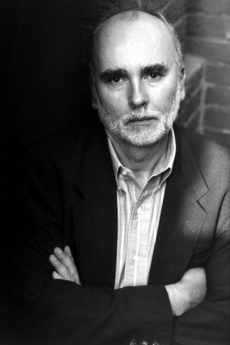 Adam Zagajewski in 1993. Beeld Getty