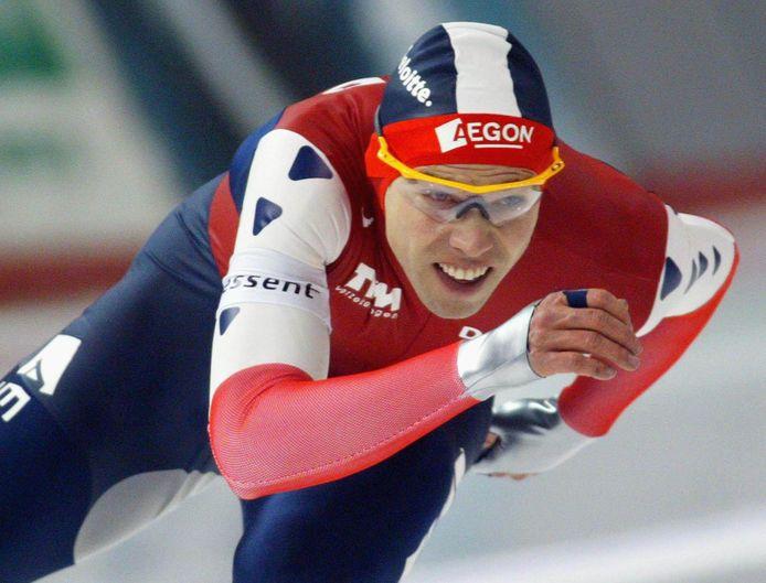 Gerard van Velde werd zelf Olympisch kampioen op de 1.000 meter op de Winterspelen van 2002 in het Salt Lake City.