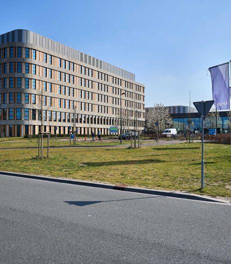 Burgemeester Maastricht adviseert Depla: 'Beter om uit te stellen bij veel verzet'