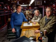 Slijterij d'Ouwe Have gaat na 50 jaar dicht... én weer open: 'Alles gaat mee, behalve het pand'