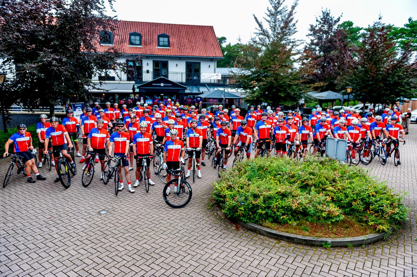 De deelnemers aan de Tour d'Asperges