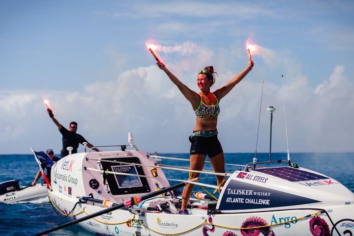 Jasmine Harrison is de jongste vrouwelijke soloroeister die de Oceaan overroeide.