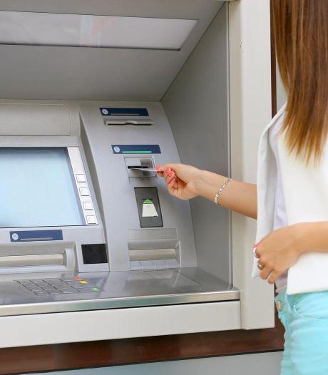 """Charleroi est la plus mal desservie par les banques: """"Elles ne pensent pas à nous"""""""